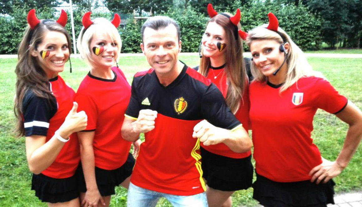 Artiesten op uw WK-dorp? Wij helpen u graag verder!